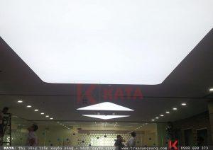 Thi công trần xuyên sáng tại tòa nhà TRN Nguyễn Chí Thành